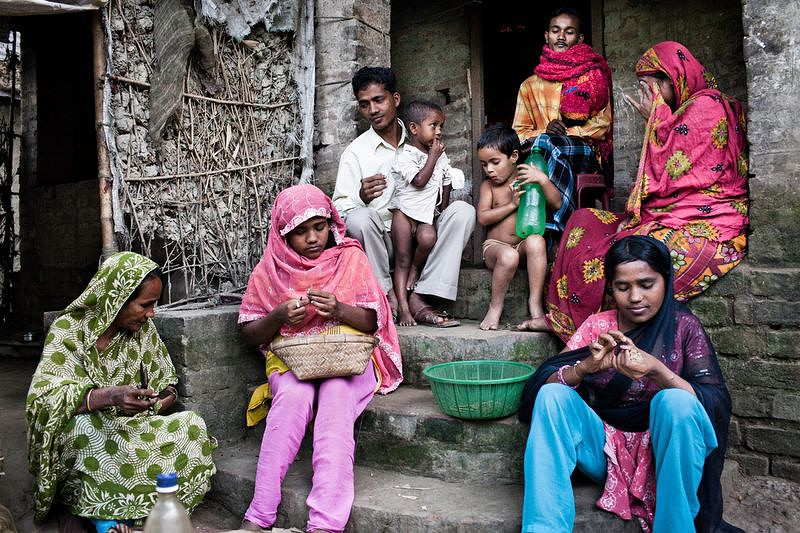 essay on poverty in india in easy language An essay on poverty with reference to india by amit bhushan poverty is the state of human subsistence where one finds him unable to fully participate in the process.