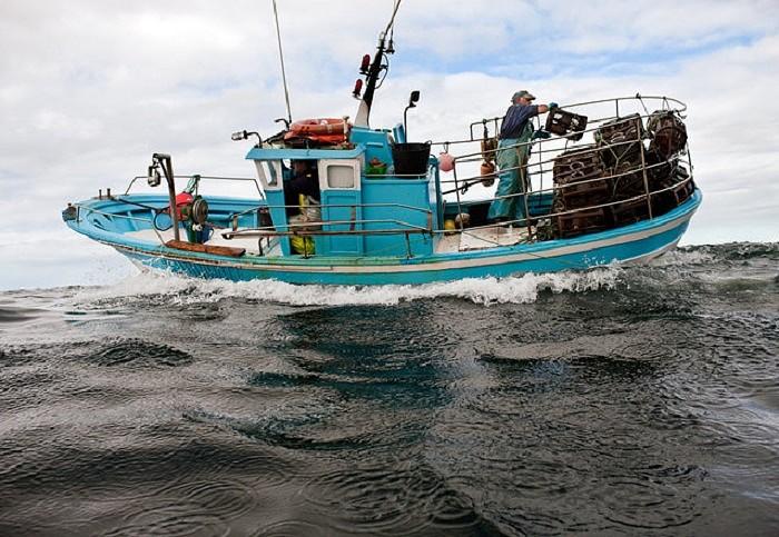 рыболовное древнее судно